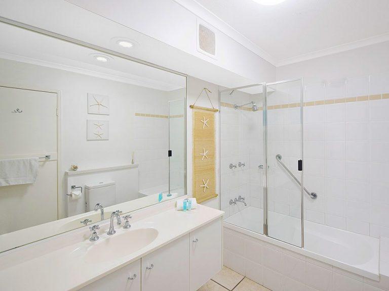 Sscr U4 Bath