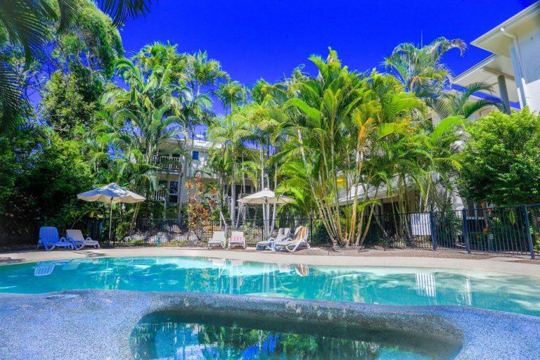 Resort03